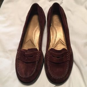 Beautiful brown loafers